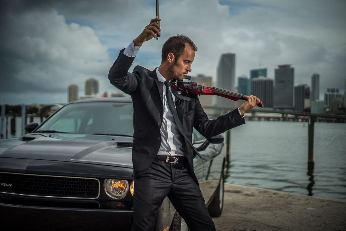 electric violinist New York