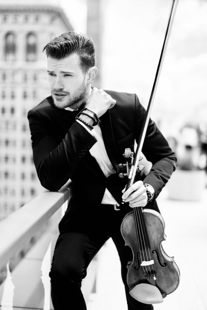 Filip, Male Violinist next to Flatiron Building